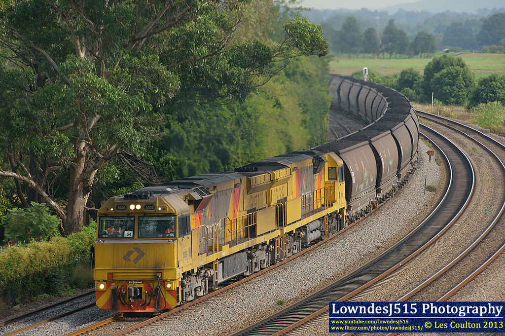 5036 & 5024 at East Maitland by LowndesJ515