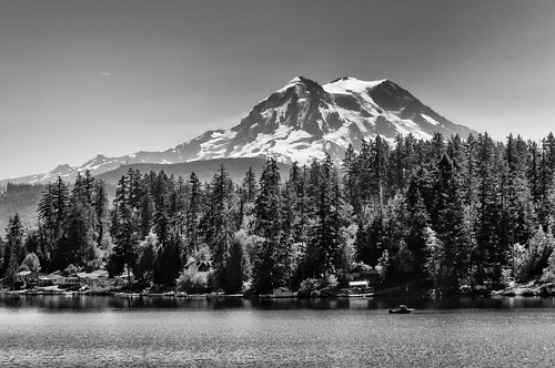 2016 mtrainier mtrainiernationalpark nikkor18200mm nikond300 northamerica places seattle us usa wa washington blackwhite bw landscape mountain eatonville unitedstates