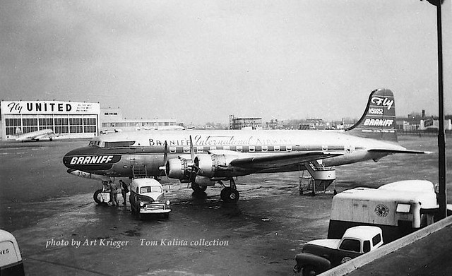 Chicago Midway Airport - Braniff Airways - DC-4 (C-54)