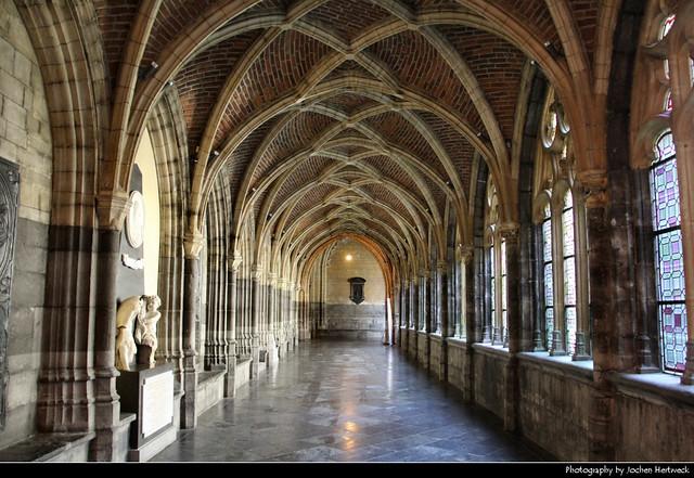 Cloister, Cathédrale Saint-Paul, Liege, Belgium