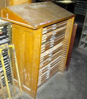 Oak Type cabinet composing top | by idyllicpress
