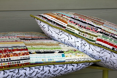 pin quilt machine scissors pillow hidden quilting zipper meander selvage
