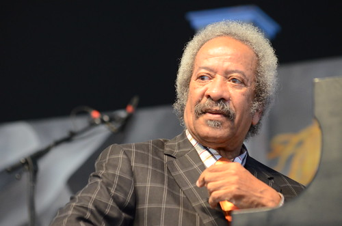 Allen Toussaint joins Guitar Slim Jr, by Hunter King