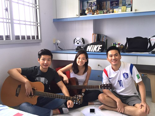 Private guitar lessons Singapore Alex Wenyi