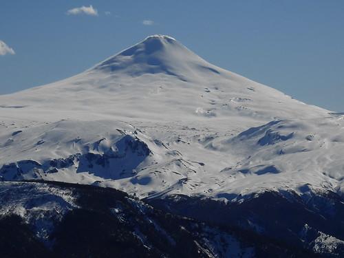 andes chile chilecentral regióndelaaraucanía volcán volcano volcanoe volcánvillarrica parquenacionalvillarrica parquenacional volcánquetropillán ski skitour randonné invierno