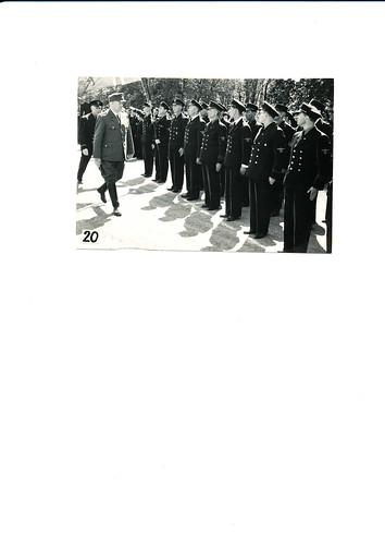 Vidkun Quisling hilser Rikshirden og Førergarden, 17. mai 1943.