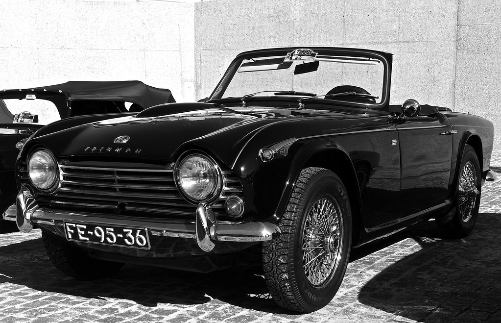 Triumph Tr4 A Belem Lisbon Portugal In Wikipedia The Tri Flickr