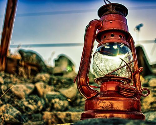 light sun glass lamp metal nikon rocks bokeh naturallight rusted d200 hdr gettyimages oillamp explored thesunwillcomeouttomorrow niksoftware ourdailychallenge hbmike2000 bigballofgas worstsongintheworld getthatoneoutofyourhead michaellkaser