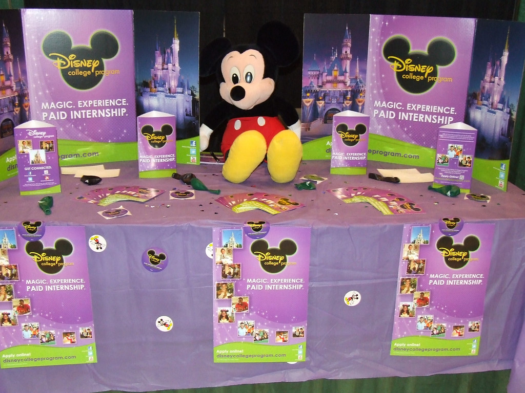 2013 Disney College Program Recruiting Day Booth Disney Co Flickr