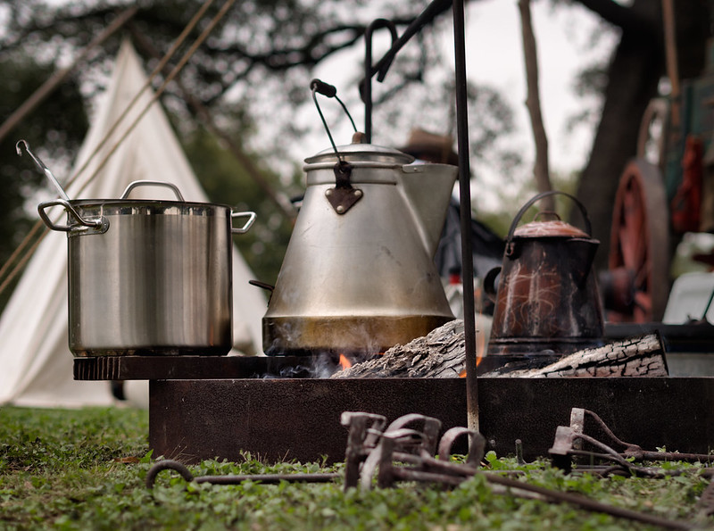 Campfire cooking is an omnipresent attribute of camping, which is also an important element in glamping spaces