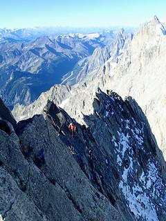 Knife ridge in Grandes Jorasses traverse | by Masa Sakano