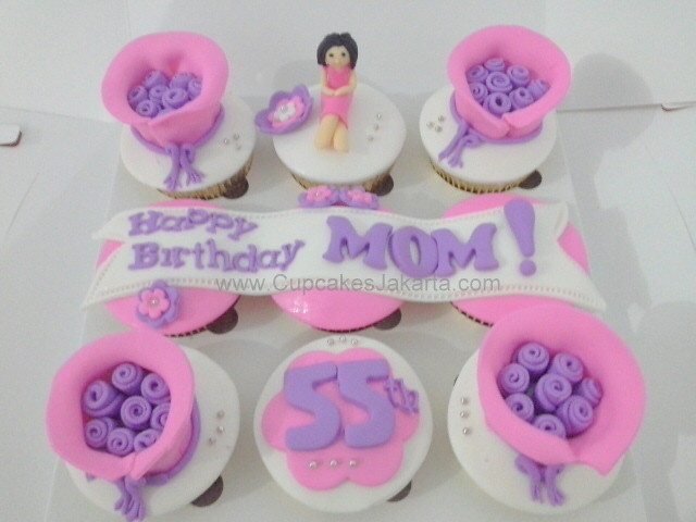 Marvelous Pink Ungu Fondant Birthday Cupcakes For Mom Jakarta Flickr Funny Birthday Cards Online Inifofree Goldxyz