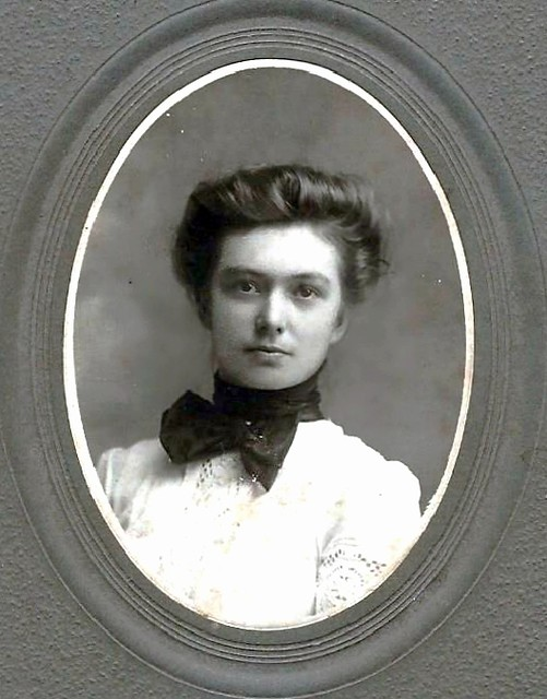 Cabinet card by Alfred Chial, Lake Park, Minnesota