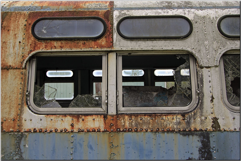 old public transit bus