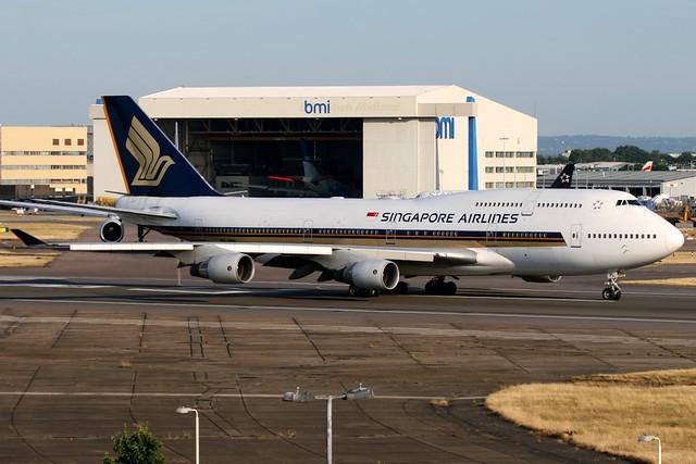 Singapore Airlines | Boeing 747-400 | 9V-SPL | London Heathrow