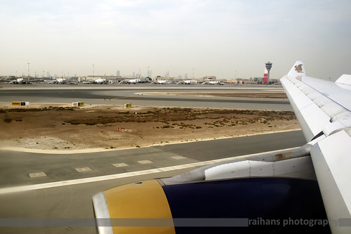 atc canon eos bahrain wing landing airbus dslr canondslr efs a330 gf bah a320 gulfair a330200 goldenfalcon a332 wingview bahraininternationalairport canonefs a32x canonefslens canonefs1855mmf3556is obbi 1000d canoneos1000d raihans raihanshahzad gf765 raihansphotography airbusa32xlineup