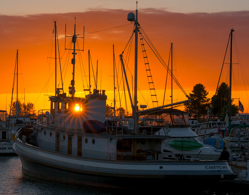 nikon d810 ryderphotographic howardryder washingtonstate upperleftusa snohomishcounty everett everettmarina sunset sunsetglow chippewa tamron tamronsp7002000mmf28divcusd