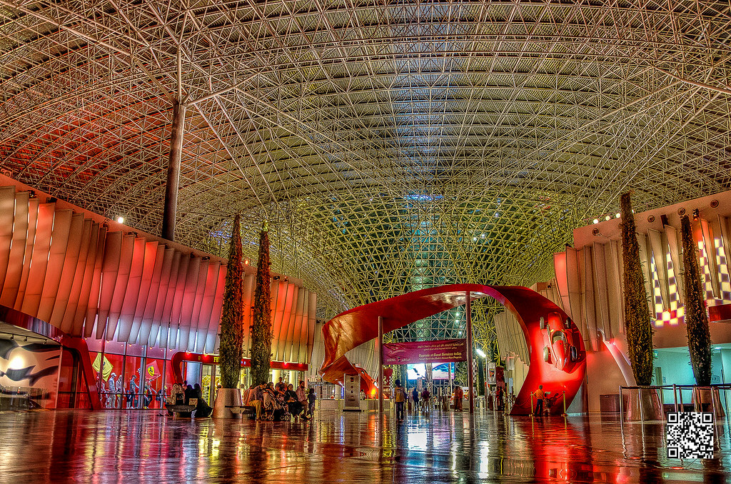 Ferrari World Abu Dhabi The Largest Theme Park In The Wor Flickr