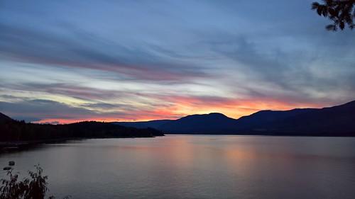 lake lago shuswap lac canadá canada sunset puesta sol dawn atardecer nubes clouds sky ciel water mountain montaña montagne bergen eau wasser agua cielo himmel lumia950xl lumia microsoft