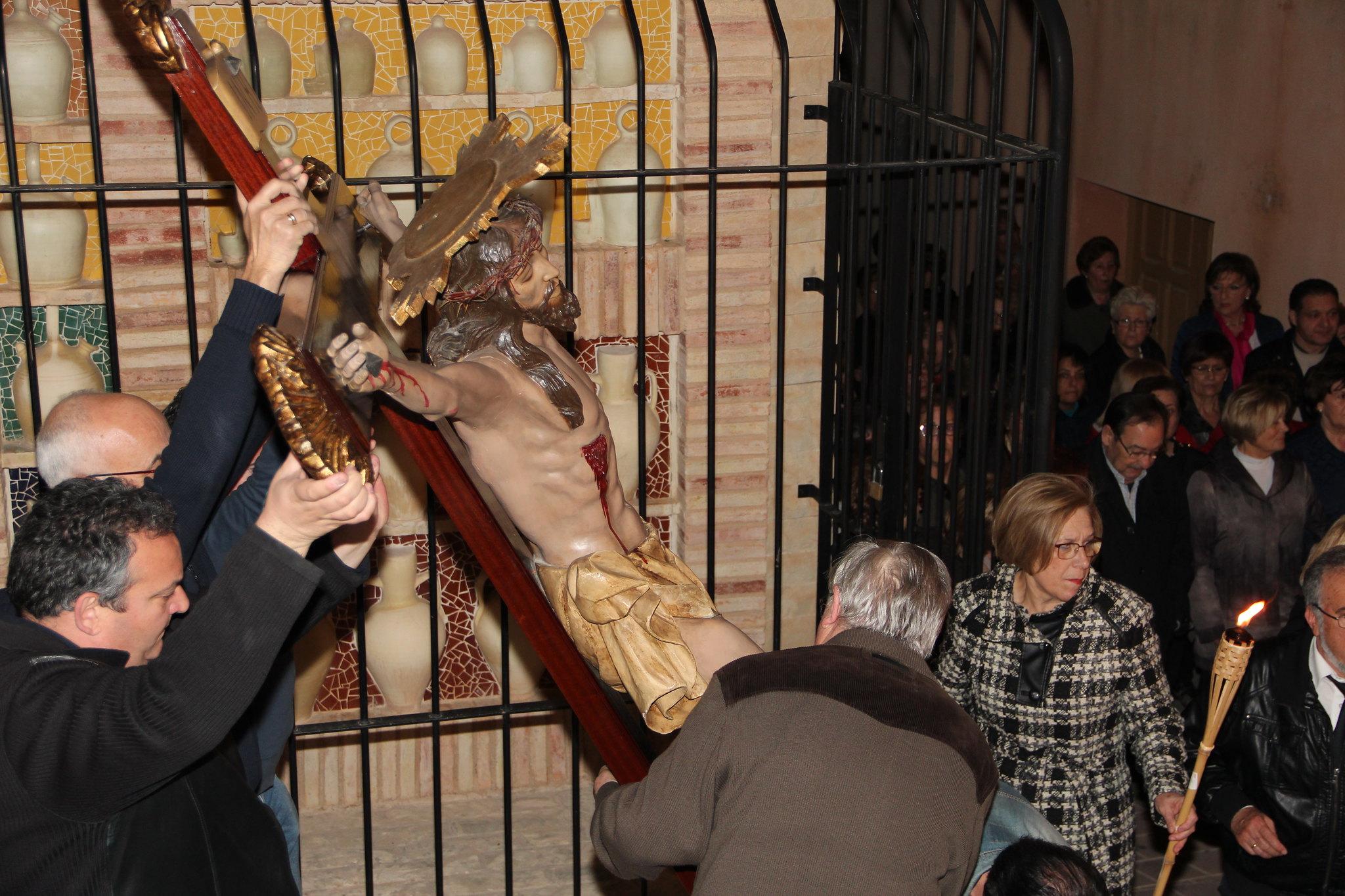 (2015-03-27) - VI Vía Crucis nocturno - Antonio José Verdú Navarro (23)