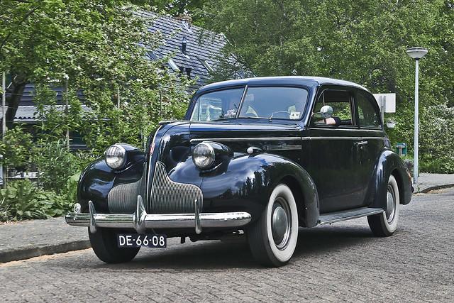 Buick Special Sport Sedan 1938 (8006)