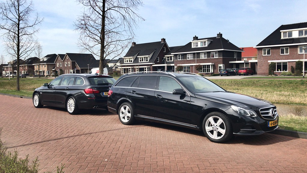 Bmw F11 523i Touring And Mercedes Benz S212 200 Cdi Flickr