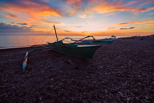 tibiao antique panay philippines malabor amar boat silhouette sunset dusk clouds seascape color ocean sea longexposure sonya7r3 sonya7riii sonyvariotessartfe1635mmf4zaoss leesoftndgradfilter