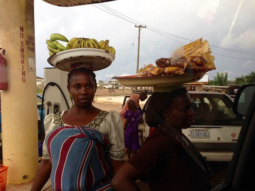 ondowomen hawkingbananasandplantainchips akure ondo nigeria jujufilms africanculture jujufilmstv photography people travel