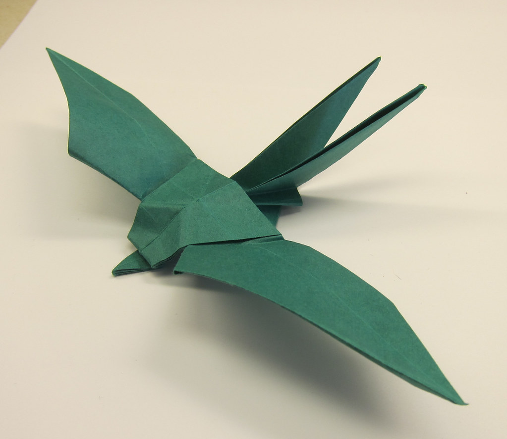 Steps on how to make an origami swallow by Sipho Mabona | Origami ... | 887x1023