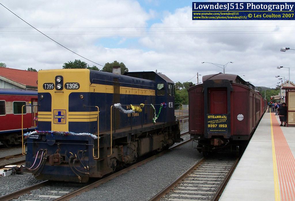 T395 at Bacchus Marsh by LowndesJ515