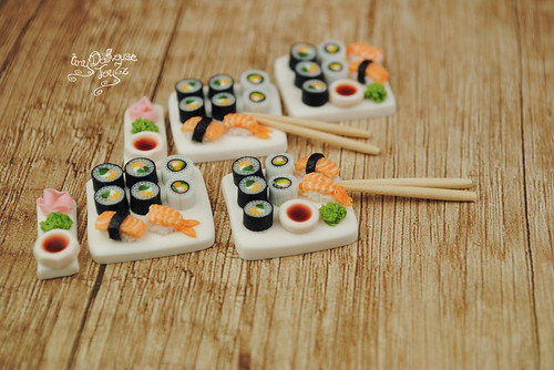 sushi_salmon   by Zhanna Zolotina