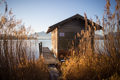 canon 6d chiemsee rimsting bayern germany de sunrise lake jetty cottage boat house alps alpen berge mountains
