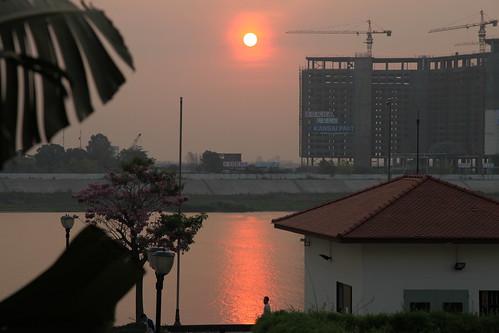 travel sunrise asia cambodia phnompenh maekongriver