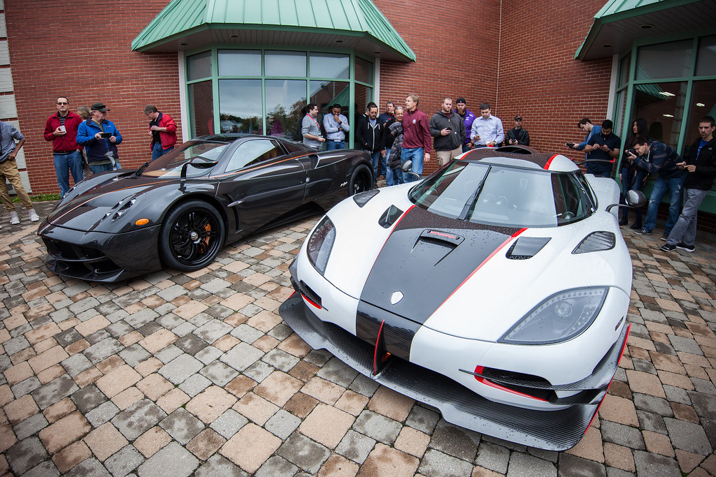 Lake Forest Sports Cars >> Lake Forest Sports Cars 2016 Pagani Huayra Next To Koenigs