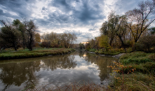 morning fallcolors sunrise river water seineriver winnipeg manitoba fall clouds