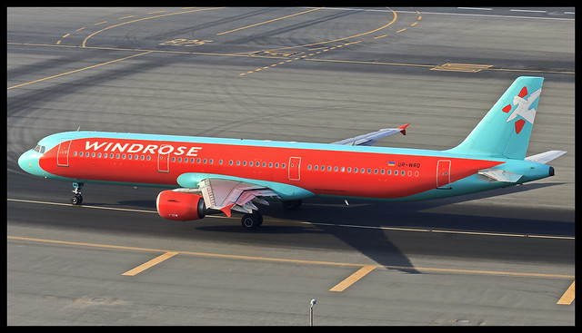 Windrose (AirBlue) Airbus A321 UR-WRO Dubai (DXB/OMDB)