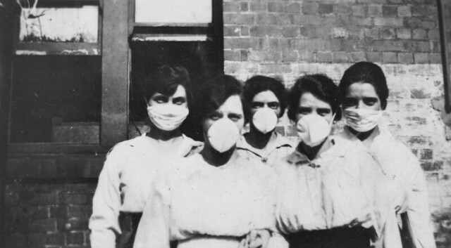 Women wearing surgical masks during the influenza epidemic, 1919