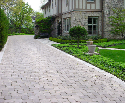 Winnetka, IL Residence 6x9x2.25 Old World Cobble Blend 52 Majestic, 53 Cimmerian | by Whitacre Greer