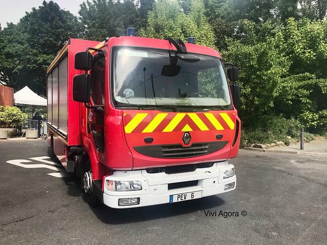 Renault Midlum Sapeur pompier de Paris