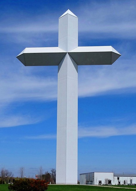 IL, Effingham-The Cross at the Crossroads