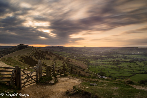 road landscape mam tor peak district gate ridge great sky cloud drag fence barbed wire nikon benro d600 long exposure le sunrise path rock paved stone