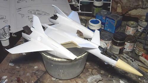 "Macross +++ 1:72 Stonewell/Belcom VF-4A ""Lightning III"" of the U.N. Spacy VAT-127 aggressor squadron (WAVE kit) - WiP   by dizzyfugu"