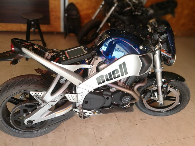 #buell #xb9 #moto #naked #hd