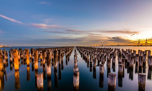 victoria australia melbourne ocean pier portmelbourne princesspier sunset dusk winter water sea wideangle reflection reflections sky landscape seascape
