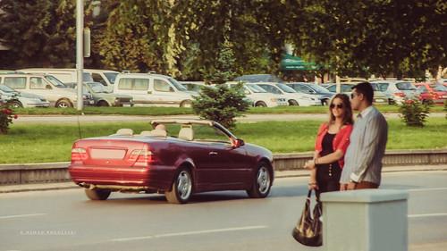 street red guy girl scene 1999 mercedesbenz 1998 cabrio roadster cabriolet clk