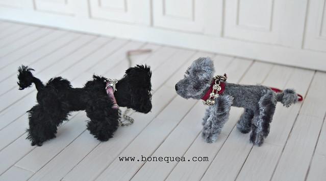 Comparison: Poppy Parker's dogs.