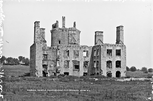 robertfrench williamlawrence lawrencecollection lawrencephotographicstudio glassnegative nationallibraryofireland knockacastle templemore northriding troubles burnings countytipperary castle ruin tower knockaghcastle drom knocka barna towerhouse locationidentified lawrencephotographcollection