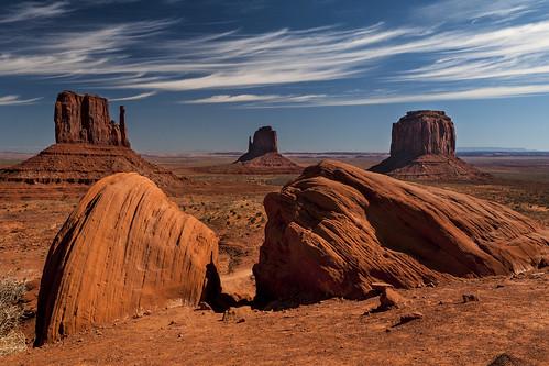 blue wild arizona sky usa west monument clouds landscape utah nikon sandstone cowboy colorado day plateau himmel wolken valley land indians blau landschaft sandstein mittens the buttes indianer d300 navajos pwpartlycloudy