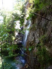 Début du contournement de  la cascade de la confluence