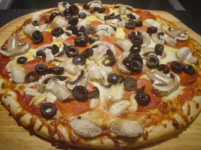 Boboli Pizza